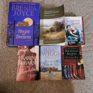 Romance Books. New York Time Best Sellers.